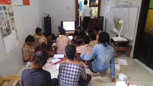 BNNP JATIM 3 pelatihan service handphone at PLATO 1 (6)